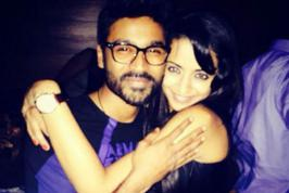 Dhanush with Trisha Late Night Party Photos, Actress Trisha with Dhanush in Night Pub Party Images, Tamil Actor Dhanush with Trisha Party Leaked on Internet