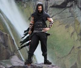As reported earlier, Allu Arjun's first look from Gunasekhar's Anushka starred Rudramadevi has been unveiled today [Oct 18].