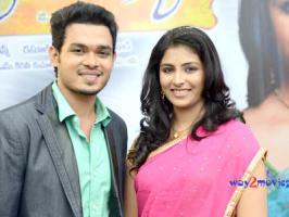 A new Telugu movie titled 'Vinavayya Ramayya' has been launch at Ramanaidu Studios recently.