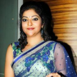 It's good to see the yesteryear stunning actresses making their comeback to the lime light with stronger roles. And latest to join the list is Abhirami.