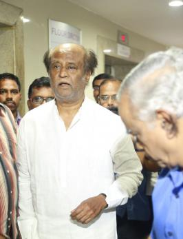 Rajinikanth Visits hospital to Meet K Balachander, Kaveri Hospital Images, Director SP Charan, Mano Bala, Pyramid Natarajan, Actress Kushboo, Superstar Rajini