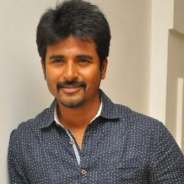 Tamil movie Kayal is the director Prabhu Solomon's take on the love story of two youngsters aka Tsunami survivors. Siva Karthikeyan who happened to watch Kayal, directed by his Mynaa filmmaker, the actor is full of praises for Prabhu Solomon, lead cast: Chandran, Anandhi, music director Imman and p
