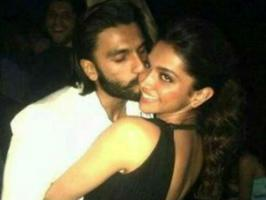 Deepika Padukone with Ranveer Singh Party Photos, Ravir Singh with Deepika Padukone Birthday Party Images Pics Gallery