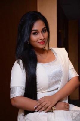actress swathi photos, Tamil Movie Thiruvikapoonga Fame Actress Swathi Latest Photo Shoot 2015 Stills, Swathi Images Pics Gallery