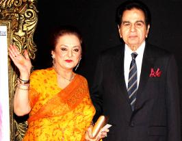 Dilip Kumar gets Lifetime Achievement Award