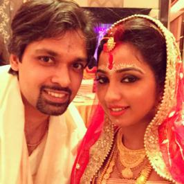 Popular Indian singer Shreya Ghoshal, who mesmerizes the crowds with her sweet voice like a humming bird is Married.