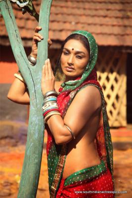 Get Download Omalli Indian Movie Hot Photos, Omalli  Movie Hot Wallpapers, Omalli Indian Movie Hot Images