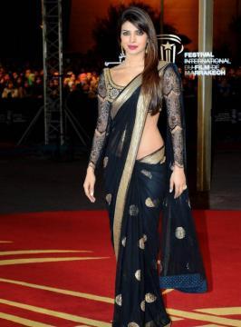 Priyanka Chopra Hot in Black Saree Photos, Actress Priyanka Chopra Latest Phoot Shoot Pics, Priyanka Chopra Hot Cute 2015 Images