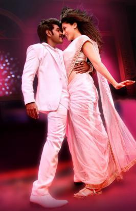 Kanchana 2 Movie Stills, Tamil Film Kanchana 2 Photos, Taapsee Hot Look in Kanchana 2 Pics, Kanchana 2 New Images, RAghava Lawrence in Kanchana 2 Latest Gallery