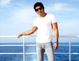 Ranveer Singh First look of Dil Dhadakne Do Revealed