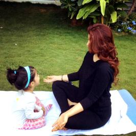 Twinkle Khanna Daughter Nitara is Tough Competition For Baba Ramdev