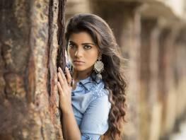 Aishwarya Rajesh - Tamil, Malayalam movie actress from Chennai. Born on January 10, 1990. She orginated from tv shows to silver screen. A good actress