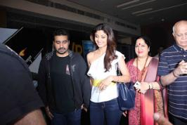Bollywood Celebs at Salman Khan hosted Bajrangi Bhaijaan special screening,Salman Khan hosted Bajrangi Bhaijaan