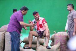 Andhra Pulse: Chiranjeevi 150th Movie Working Stills