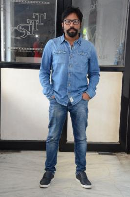 """Inside less time, Arjun Reddy has made a sublime buzz for itself. The film is up for a discharge this Friday and on this event, we got up to speed with the film's executive Sandeep Reddy for a short meeting. We should perceive what he needs to state.The film is an enthusiastic voyage of a man called Arjun Reddy. What transpires after his separate and how he manages the eventual outcomes is the entire tale about. In one way, you can state that Arjun Reddy is a festival of pity. I have taken a great deal of motivation from my genuine encounters and have composed the content.  The publications have made a considerable measure of discussions. I just displayed the enthusiasm between the lead combine yet everybody is taking a gander at it injuriously. The blue pencil had an issue with few cuss words which we quieted. My film is a develop film which is focused at the adolescent and that is the reason got an """"A"""" testament from the blue pencil board.words spoken about vijay Devarakonda . He was super energized and consented to do the workshop before going ahead to the sets. Vijay has made an amazing showing with regards to and the group of onlookers will get hypnotized with his champion execution in the film.  Two contents are prepared and I have officially gotten a call from a star legend to guide it. I will uncover everything after the arrival of Arjun Reddy."""