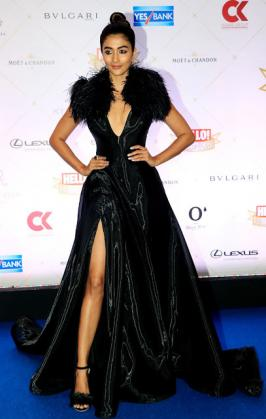 Pooja Hegde At Hello! Hall Of Fame Awards