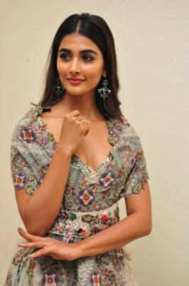 After Allu Arjun's DJ movie Pooja Hegde pair up with Bellamkonda Sai Sreenivas for Sakshyam movie. Movie audio function held today in Hyderabad and check our her latest stills from audio launch.