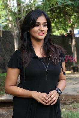Ramya Nambeesan ( Remya Nambeesan ) is an indian actress and singer. She has acted in tamil, telugu, malayalam movie and has sung many songs.