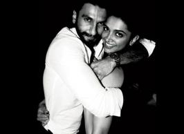 Bollywood's alleged love birds Deepika Padukone and Ranveer Singh never miss a chance to express affection for each other and when the duo arrived at the screening of Irrfan Khan starrer Madaari, both shared a sweet 'kiss' moment in full public glare.
