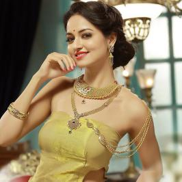Shanvi srivastava Cute Photos, Actress, Latest, New, Kannada, 2015, New Stills, Pics, Selfie, Mobile Wallpapers, Recent Images