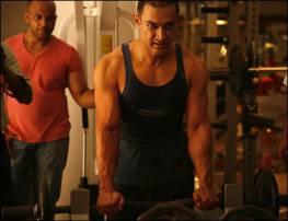 Bollywood Actors working out in gym, Gym Workout Photos of Hindi Actors, Bollywood, Unseen, Rare