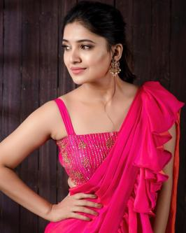 Tamil Actress Vani Bhojan Latest Photoshoot Images Tamil Actress Vani Bhojan Latest Photoshoot Images Vani Bhojan, is an tamil television actress and model.