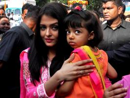 Ganpati celebrations in full swing, Aishwarya Rai Bachchan and Shilpa Shetty seem to be in a very festive mood too. They're both seen visiting temples and pa...
