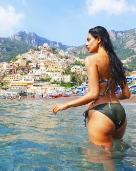 Sarah-Jane Dias Hot Booty In Bikini