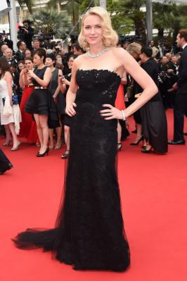 Naomi Watts Looking Best Black Dress in Cannes 2015