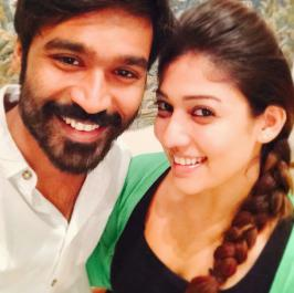 Nayanthara Selfie with Celebrities Photos, Actress, Unseen, Tamil, 2015, Latest, Recent, New, Stills, Pics