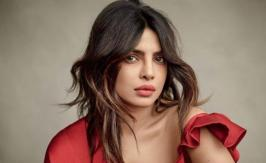 Priyanka Chopra Hot Photoshoot For Elle Magazine 2018, Priyanka Chopra Hot Photos, Actress Priyanka Chopra Latest Hot Photos, Priyanka Chopra Hot Photoshoot For Elle Magazine India March 2018, Priyanka Chopra poses for ELLE, Priyanka Chopra on a cover of Elle magazine, Priyanka Chopra Hot and Sexy Photos