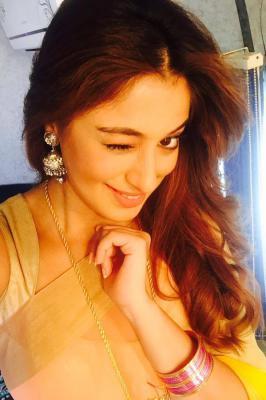 Lakshmi Raai Cute in Saree Selfie Pics, Lakshmi Raai, Raai Laxmi, Saree, Actress, Tamil