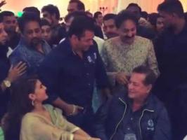 Congress politician Baba Siddique's annual iftaar party in Mumbai on July 5 was a high profile affair attended by Bollywood stars and politicians. Yes, Salma...