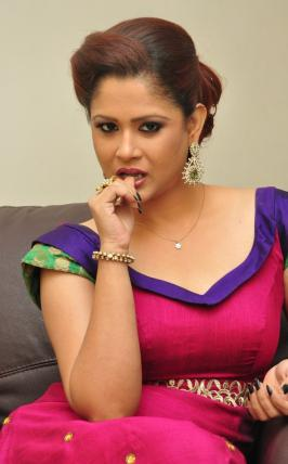 Shilpa Chakravarthy, Shilpa Chakravarthy Pics, Shilpa Chakravarthy Photo Shoot Images, Shilpa Chakravarthy Cute Photos, Shilpa Chakravarthy New Stills