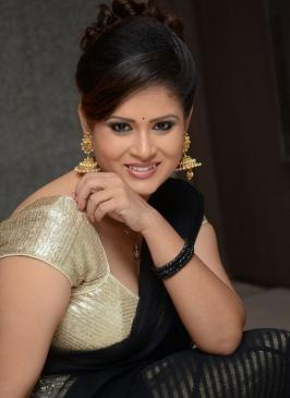 shilpa chakravarthy, shilpa chakravarthy stills, actress shilpa chakravarthy photos, shilpa chakravarthy new photo shoot pics, shilpa chakravarthy cute in black