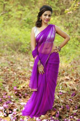 Suza Kumar Recent Photo Shoot Pics, Suza Kumar Latest 2015 Photos
