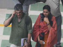 Ajith, who is shooting for his Thala 56 ? untitled Siva directorial surprised his reel sister with a present on the sets. Viewers were earlier reported that Lakshmi Menon is playing Ajith's sister in untitled Thala 56. Latest we hear that Thala has surprised Lakshmi Menon with a gift for completing