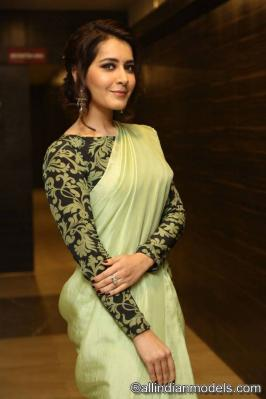 Raashi Khanna At Touch Chesi Choodu Pre Release Event Raashi Khanna At Touch Chesi Choodu Pre Release Event It doesn't get any hotter than Sexy Raashi