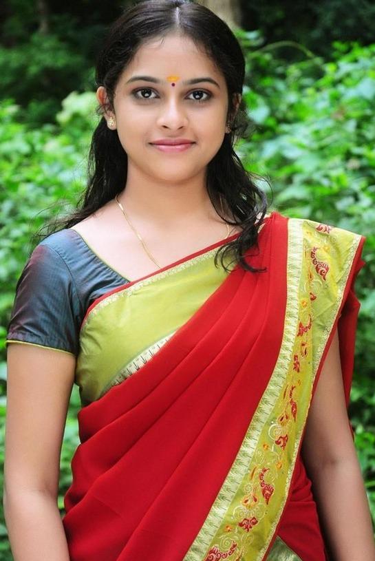 South Actress Sri Divya In Cool Saree Tamil Actress Hot Pics Spicy Bollywood Hot Hollywood