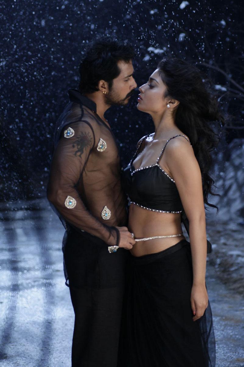 saran hot stills from chandra movie