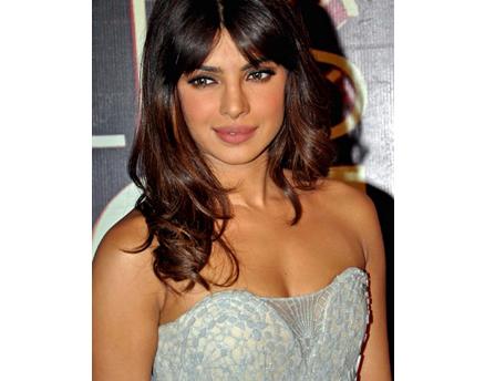 Priyanka Chopra Chats About 'Barfi' Oscar Chances