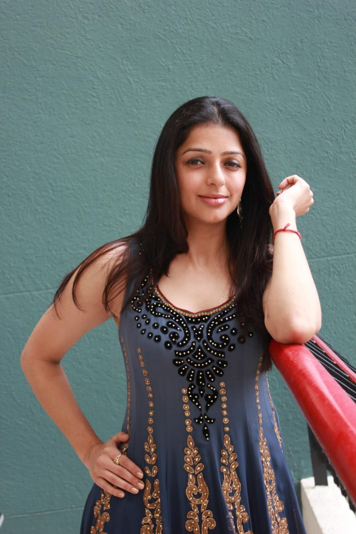 South Actress Bhumika Chawla Latest Photo Gallery | Filmy365 ...