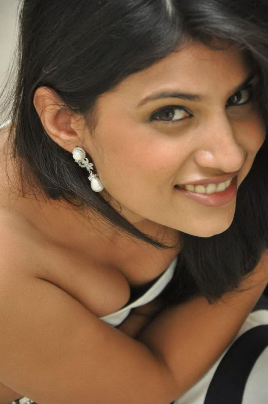 Tamil Pictures Bollywood Images Kamistad Celebrity Portal - Rainpow