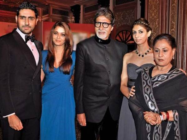 Rare and Unseen pictures of the BACHCHANS - Oneindia Entertainment