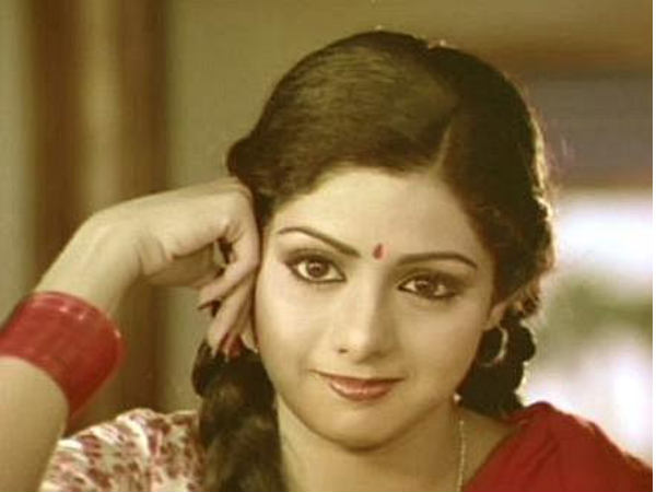 Rare, Unseen Pictures of Sridevi Kapoor - Oneindia Entertainment