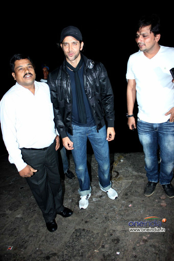 Hrithik Roshan Birthday Party Picture - Oneindia Gallery