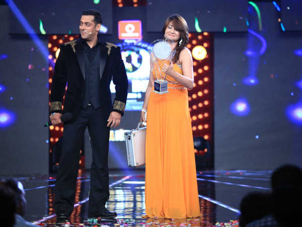 Bigg Boss 6 rare photos: Urvashi is a tough single mother - Oneindia Entertainment