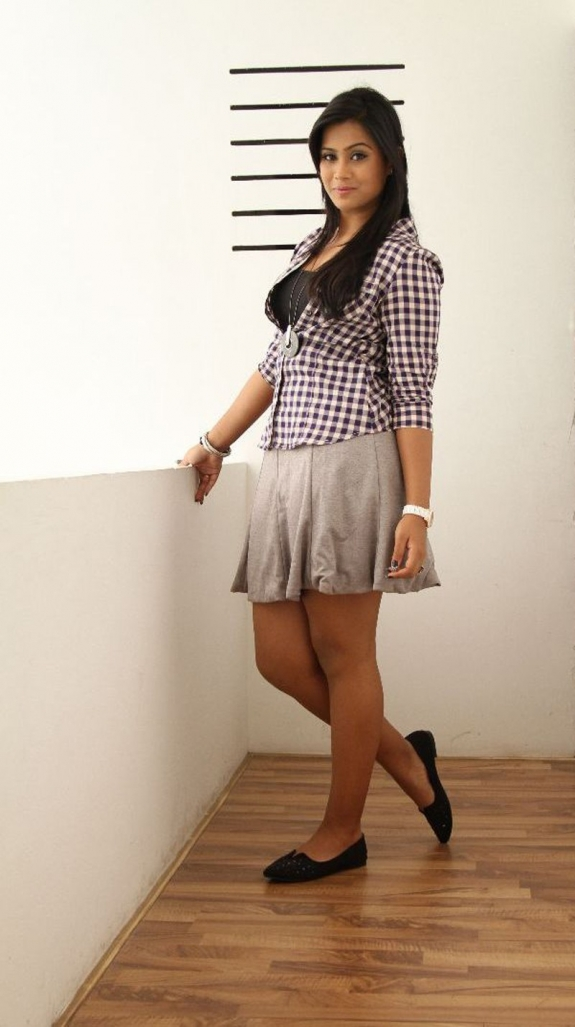 thulasi nair hot in black and white dress thulasi nair biography thulasi nair wiki t