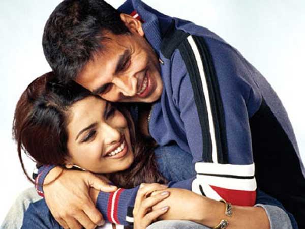 Rare-unseen pictures of Akshay Kumar and Priyanka Chopra - Oneindia Entertainment