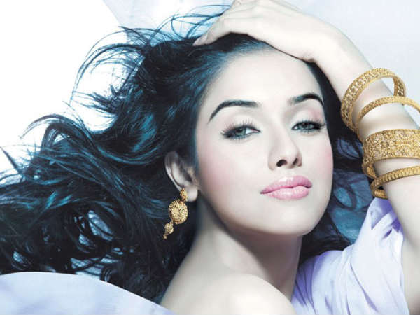 Asin Thottumkal marrying her beau this year! - Oneindia Entertainment